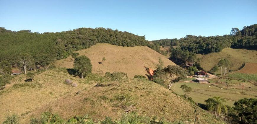 Sítio Maravilhoso, com 14 hectares e a 4km do centro de Rancho Queimado Rio das Antas – SC