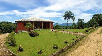Casa excelente no Condomínio Sossego do Rancho – Rancho Queimado – SC