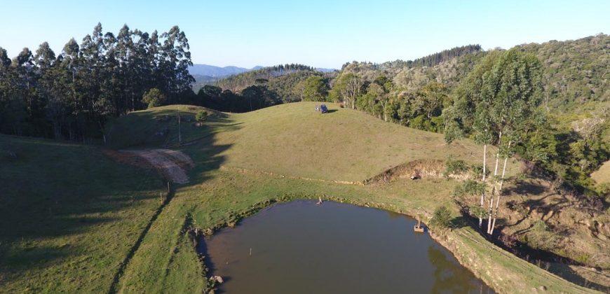 Sítio de 22 Hectares no Distrito de Taquaras – Próximo a Rancho Queimado- Recanto das Cachoeiras.